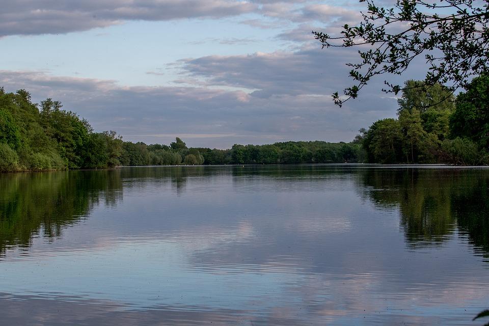 Le lac de Néguenou près d'Agen