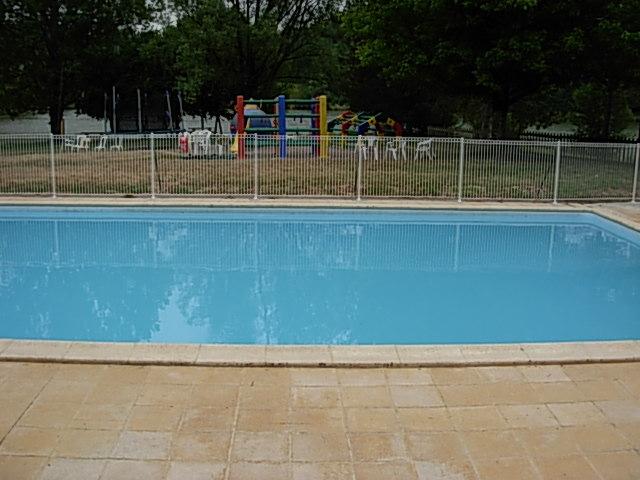 piscine camping lac de Neguenou