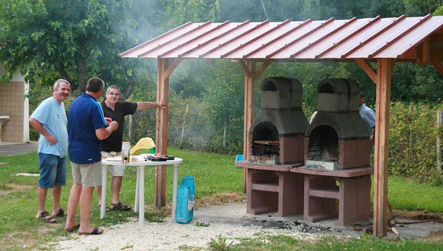 Barbecue Camping Lac de Neguenou